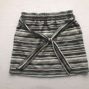 Loft tweed mini skirt elastic waist black cream S